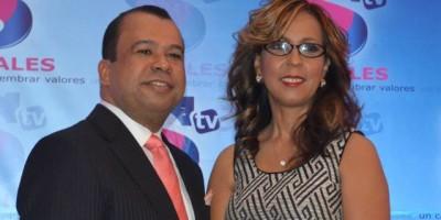 Euri Cabral y Zinayda publican libro