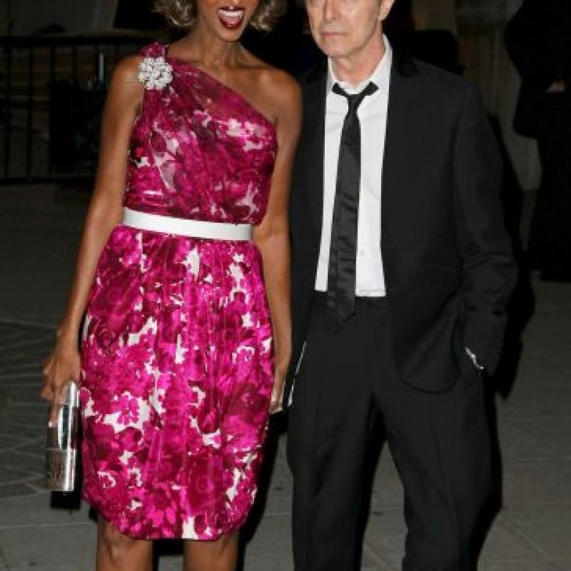 Bowie en compañía de su esposa Iman. Foto:Getty Images