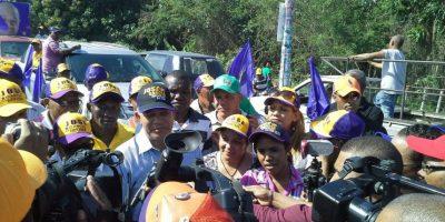 José García demuestra fortaleza política en la caravana de Sto. Dgo. Norte