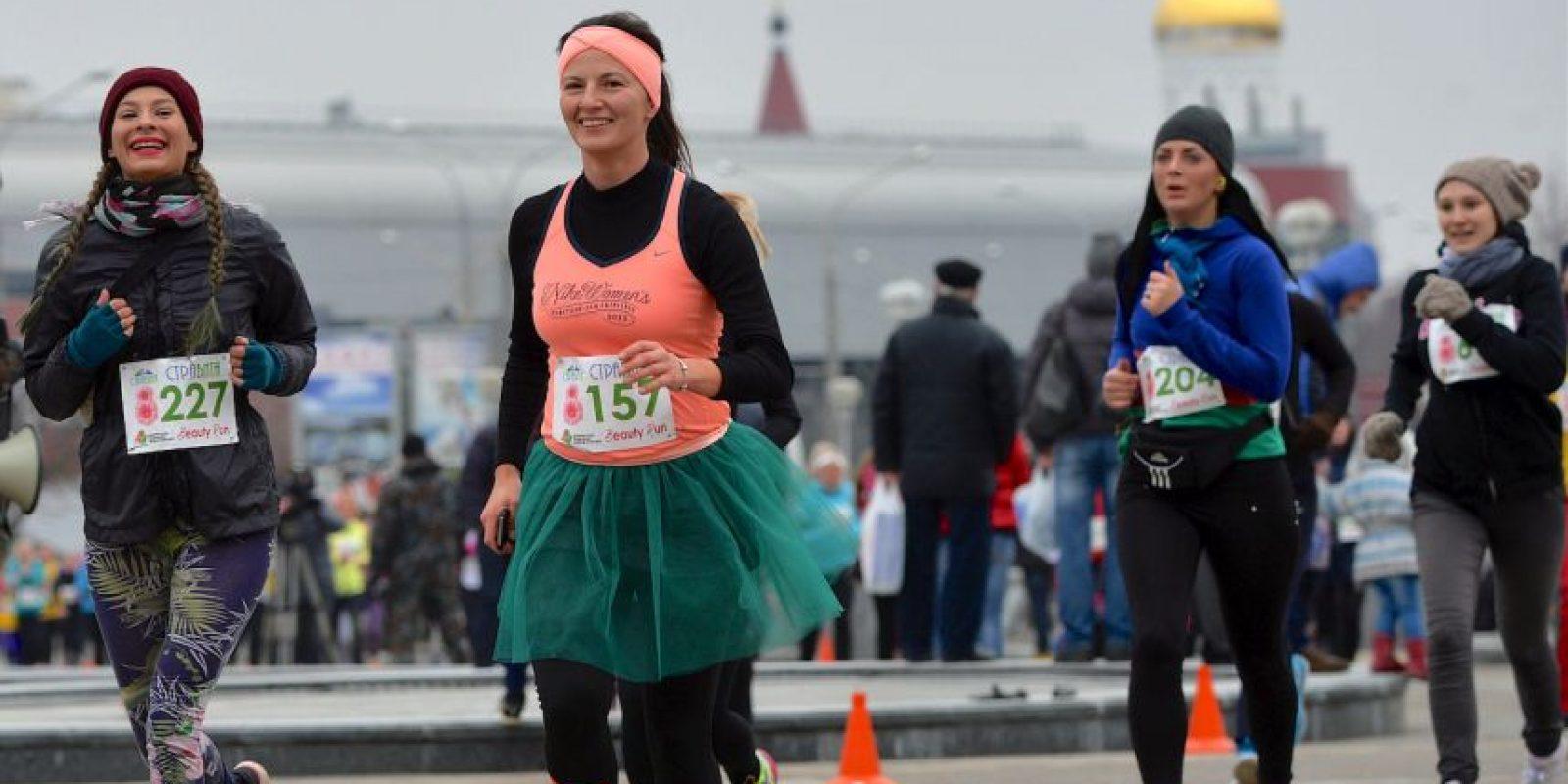 Festejando así el Día de la Mujer. Foto:AFP