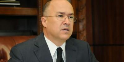 Procurador advierte sobre posible fuga de francés extraditado desde Egipto