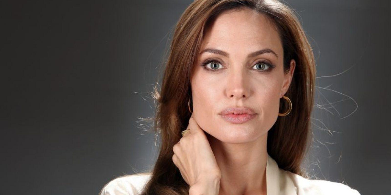 """""""Necesitamos políticas de seguridad a largo plazo diseñadas por mujeres, enfocadas en las mujeres y ejecutadas por mujeres; no a expensas de los hombres o en vez de los hombres, sino con los hombres"""". Angelina Jolie, actriz y embajadora de buena voluntad de ACNUR. Foto:Fuente Externa"""