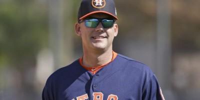 Los Astros extienden contrato a A.J. Hinch