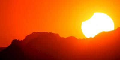 Por lo que nunca debe observarse directamente al Sol Foto:Getty Images