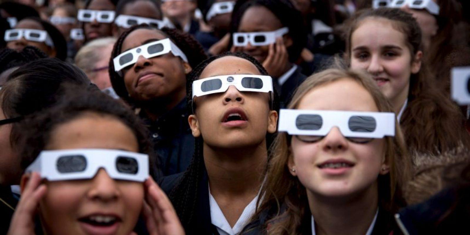 Existen formas de apreciar un eclipse en forma indirecta, sin comprometer la vista del observador Foto:Getty Images