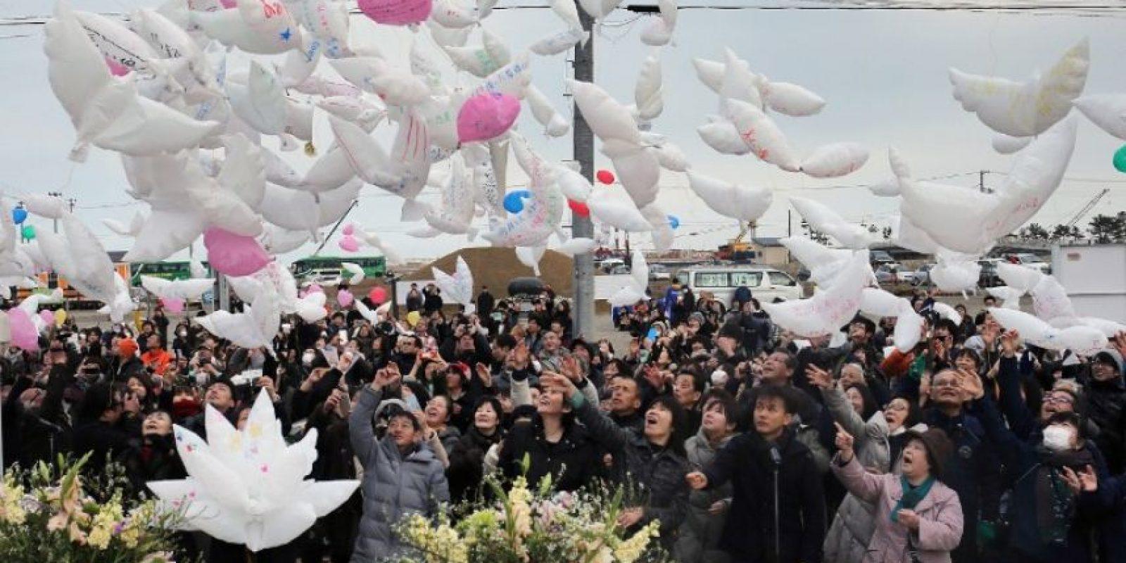 Así se recordó a las víctimas en Japón Foto:AFP