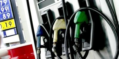 Suben de precios los combustibles, excepto el gas natural