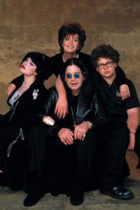 Ozzy parecía la mayor parte del tiempo, perdido. Sharon era, como siempre, la que manejaba todo. Foto:vía MTV