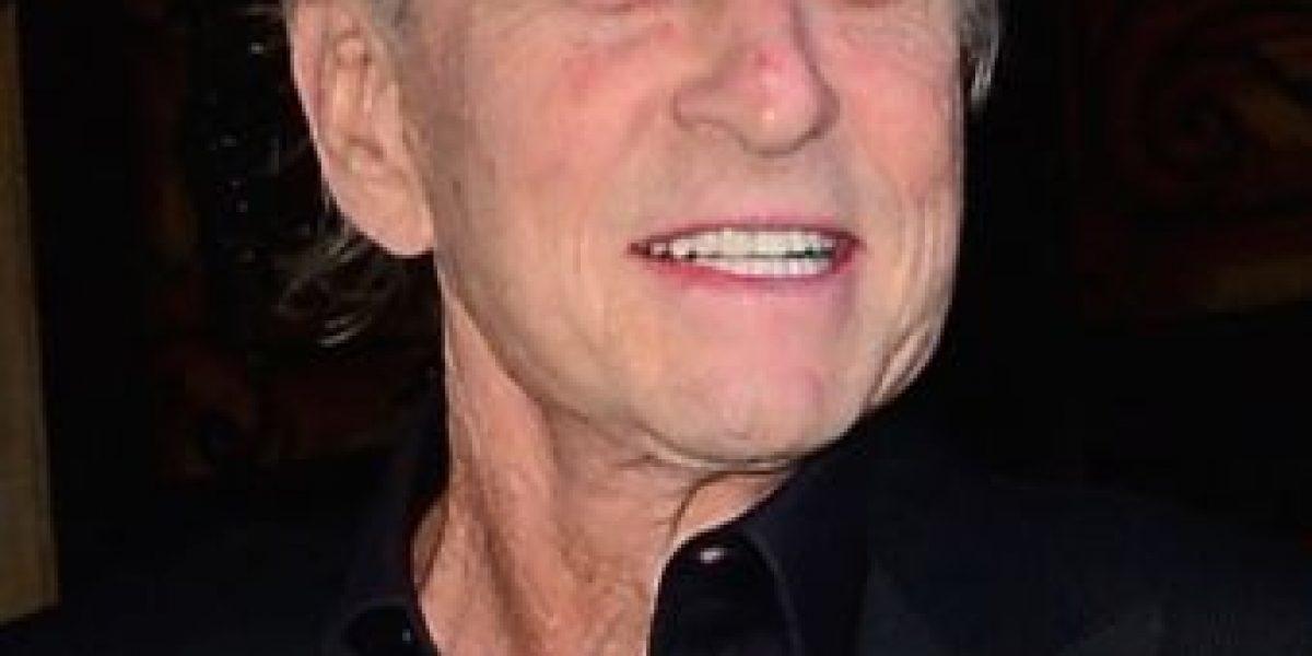 Reportan que Michael Douglas se encuentra muy grave debido al cáncer