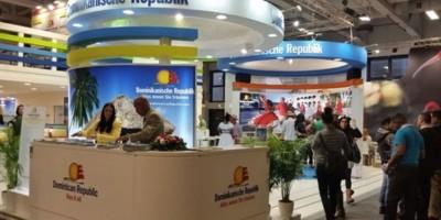 Ministra de Economía alemana visita stand dominicano en feria Turismo ITB Berlín