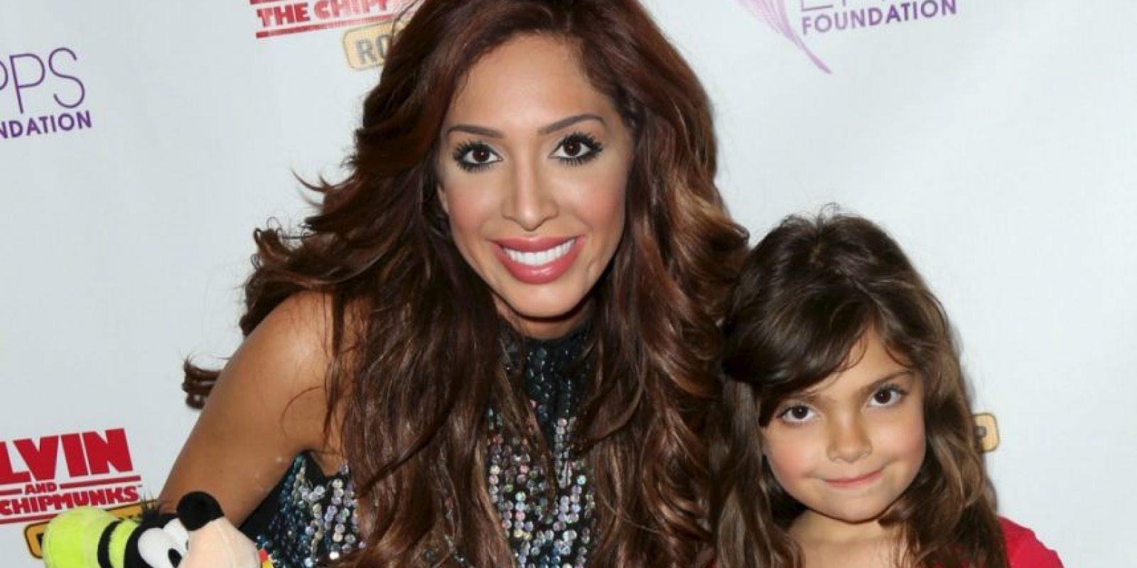 Se cree mejor que Kim Kardashian y es famosa por sus cirugías. Foto:vía Getty Images