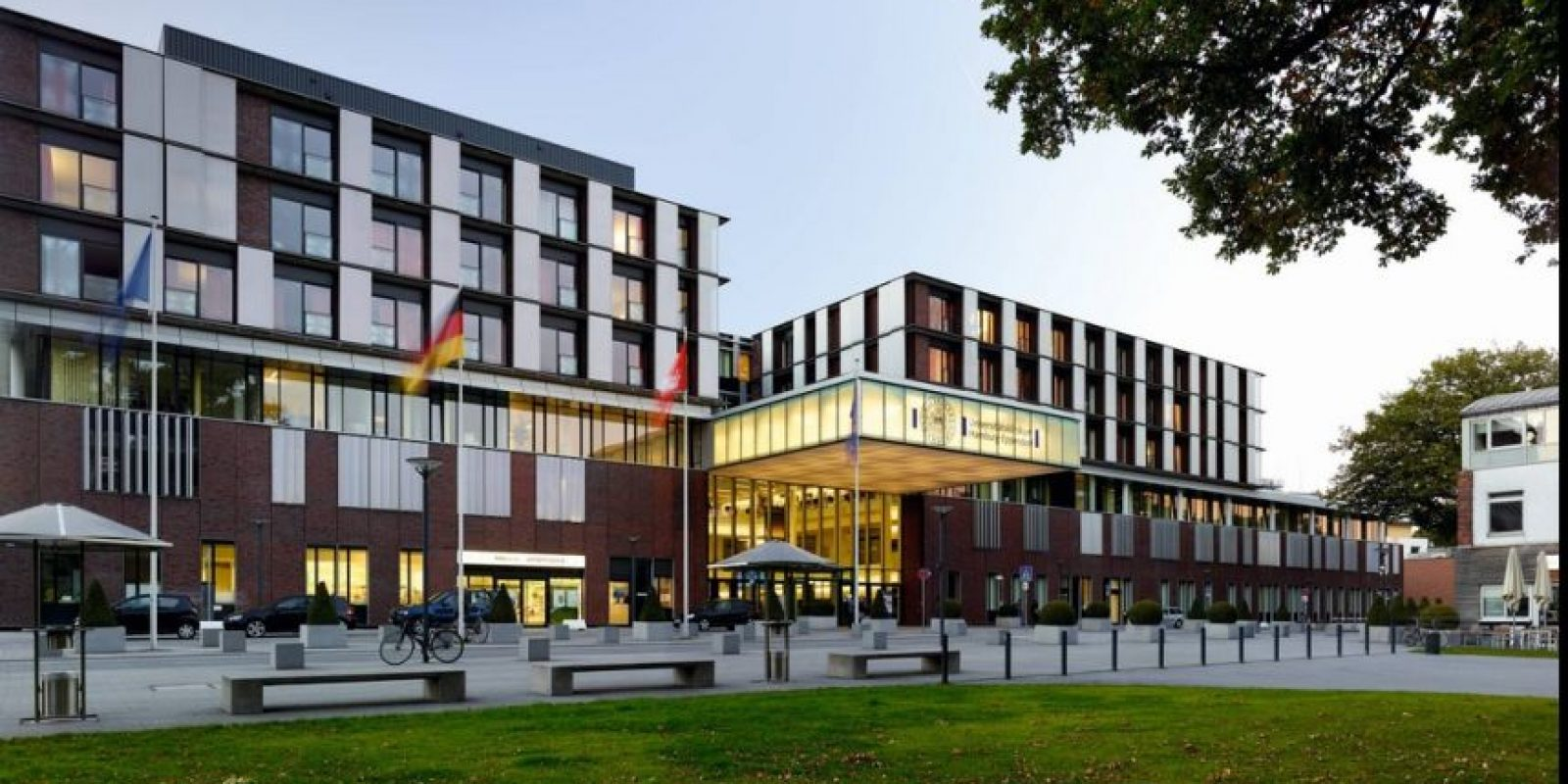 Recibió su diploma en la Clínica Universitaria Hamburg-Eppendorf, en Hamburgo, Alemania.. Foto:Vía google Maps