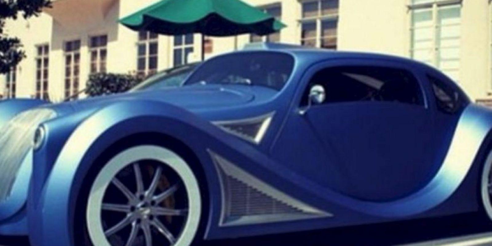 Es dueño de un Volkswagen escarabajo de 1958. Foto:Twitter