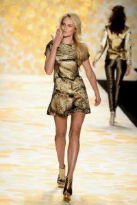 Los looks de Candice Swanepoel en las pasarelas Foto:Getty Images