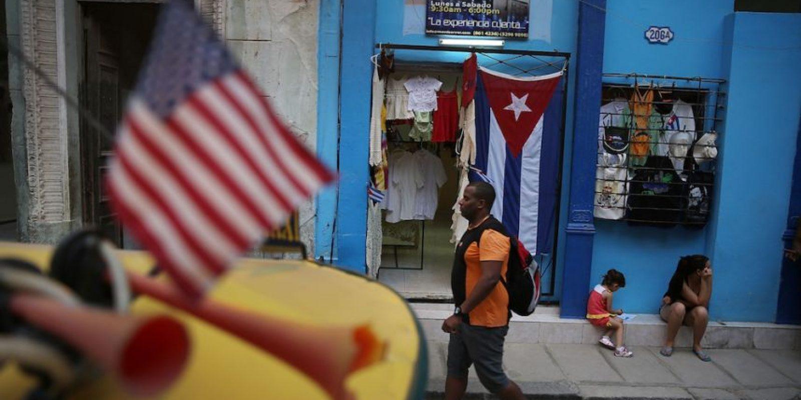 Hoy, las banderas de barras y estrellas de ambos países ondean a la par Foto:Getty Images