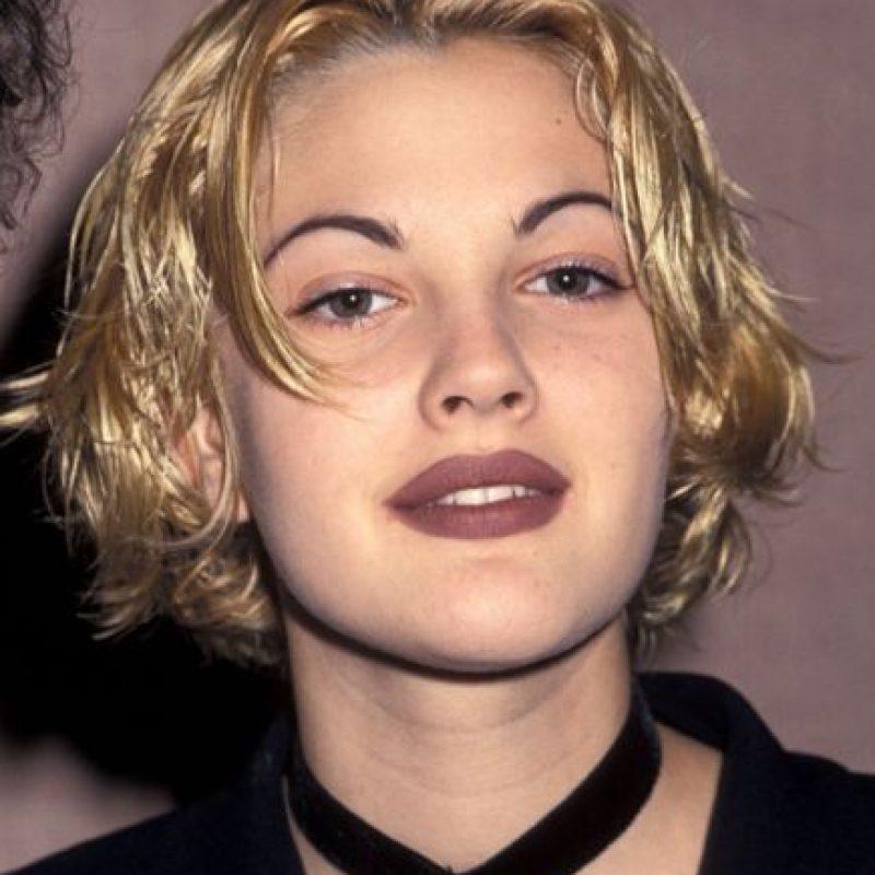 Drew Barrymore, con tonos malva en los labios. Foto:vía Getty Images