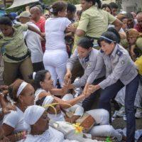 Donde aproximadamente 50 disidentes fueron detenidos Foto:AFP