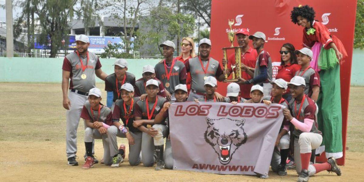 Lobos campeones Clásico Scotiabank de Pequeñas Ligas