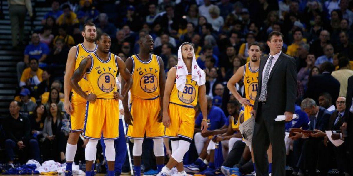 Ruta crítica para Warriors detrás de record de victorias