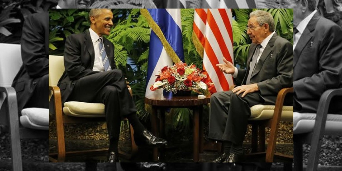 Raúl y Obama, en histórico encuentro