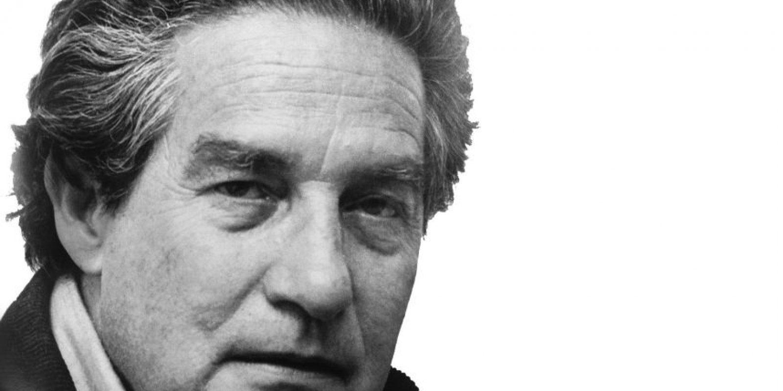 Octavio Paz (1914-1998). Poeta, escritor, ensayista y diplomático mexicano, es uno de los escritores más influyentes del siglo XX y uno de los grandes poetas hispanos de todos los tiempos. En 1990, ganó el Premio Nobel de Literatura. Algunos de sus poemas son Luna silvestre y ¡No pasarán! Foto:Fuente externa