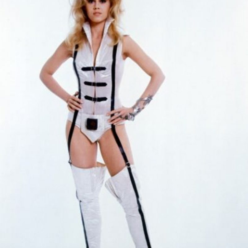 "De estirpe actoral (su padre era Henry Fonda), Jane Fonda se hizo famosa por ""Barbarella"". Foto:vía Getty Images"