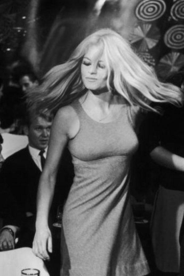 """Brigitte Bardot fue quien ocupó la vacante de """"sex symbol"""" a finales de los años 50. Foto:vía Getty Images"""