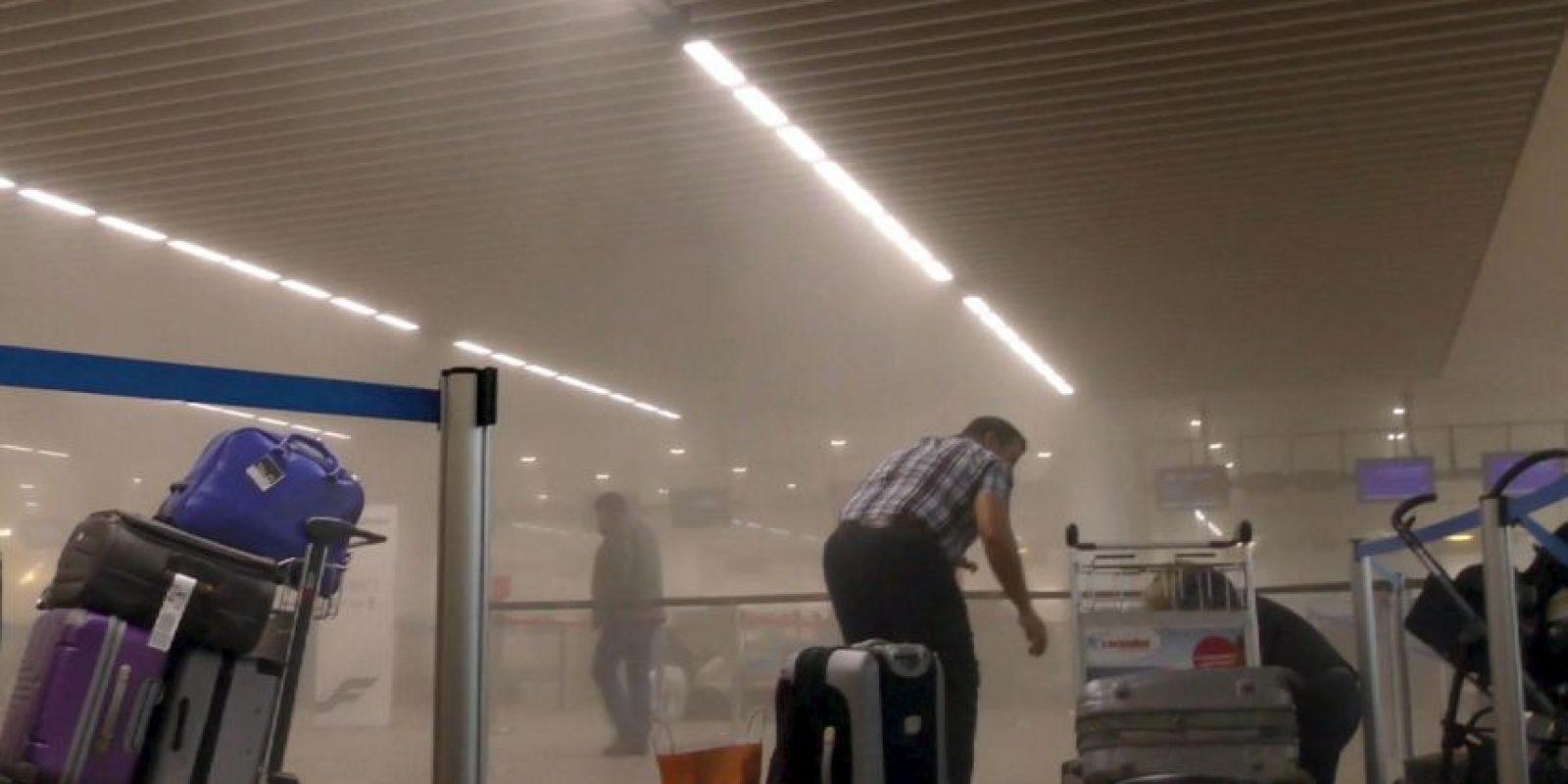 Uno fue en el aeropuerto de Bruselas, Zaventem. Foto:AP