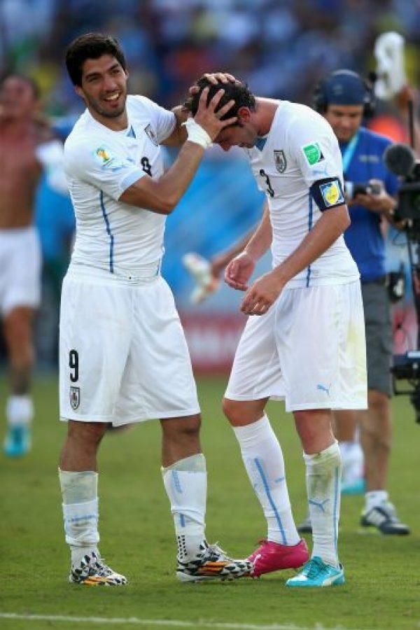 Pero deben ganar y esperar una derrota de Ecuador, el sorpresivo líder Foto:Getty Images