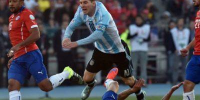 En el Estadio Nacional de Chile, se repite la final de la Copa América 2015 Foto:Getty Images