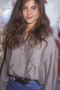 Pero así lucía en los años 80, cuando era una estrella televisiva que apenas despegaba. Foto:vía Getty Images
