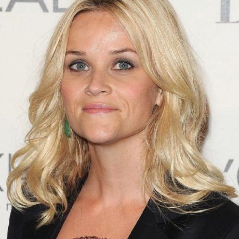 Reese Witherspoon también ha sido rubia la mayor parte de su carrera. Foto:vía Getty Images