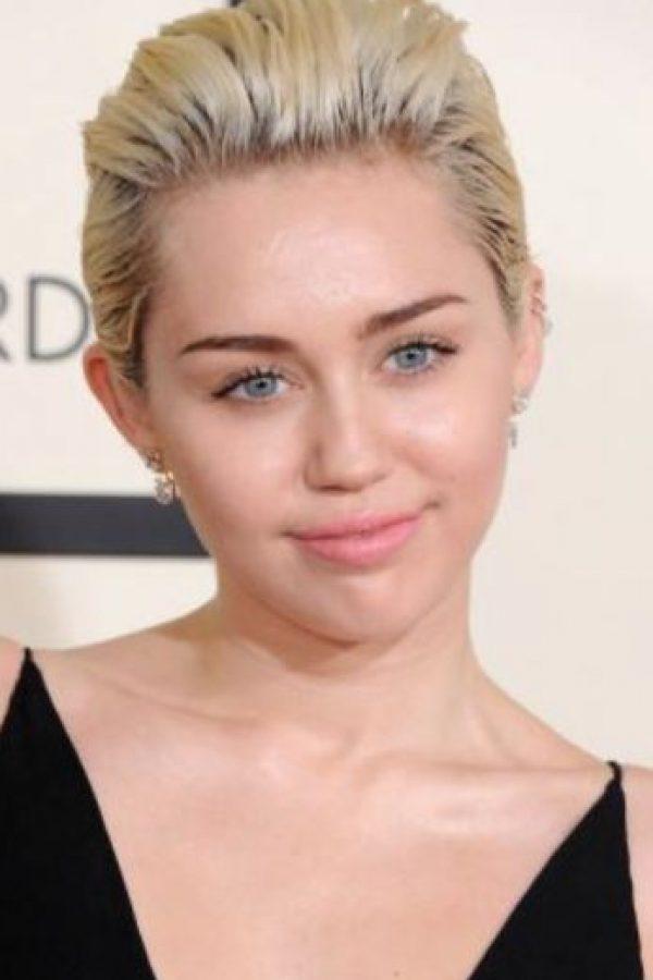 Miley Cyrus, antes de ser como Annie Lennox, era un poco más natural. Foto:vía Getty Images