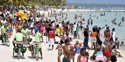 MP hará operativos en Boca Chica y Güibia para evitar menores tomen alcohol