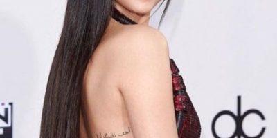 """Selena Gomez dejó salir su lado """"Coyote Ugly"""" en un bar de Texas"""