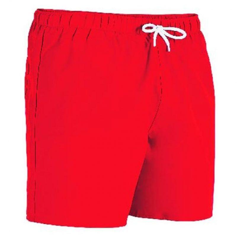 Los shorts y los trajes de baño. Llevarlos va más allá de una estética, los shorts son una regla universal, no lleves los de tela para nadar. No pierdas de vista que las mujeres no quieren ver boxers en las playas. Mientras, las mujeres tienen que empacar los trajes de baño y los maxivestidos, ideal atuendo para tu guardarropa de vacaciones. Foto:Fuente externa