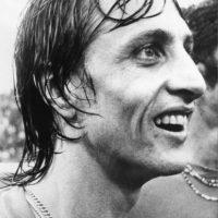 6. En 1988 volvió como entrenador y empezó la mejor etapa de la historia del Barça, pues encadenó cuatro títulos de Liga y, entre otras competiciones, conquistó la primera Copa de Europa en Wembley, en mayo de 1992 Foto:Getty Images
