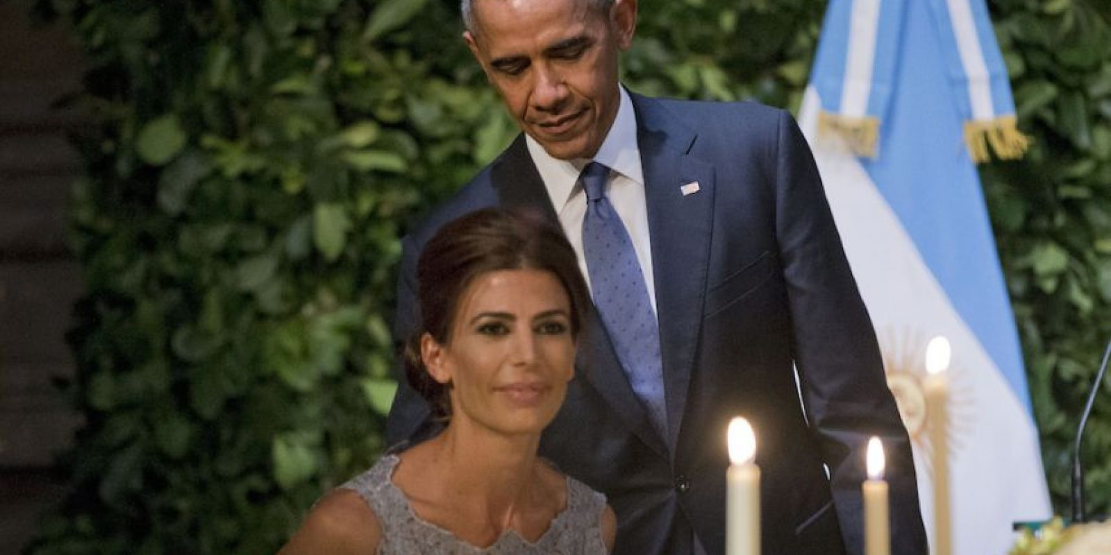 Barack Obama con Juliana Awada, la primera dama de Argentina. Foto:AP