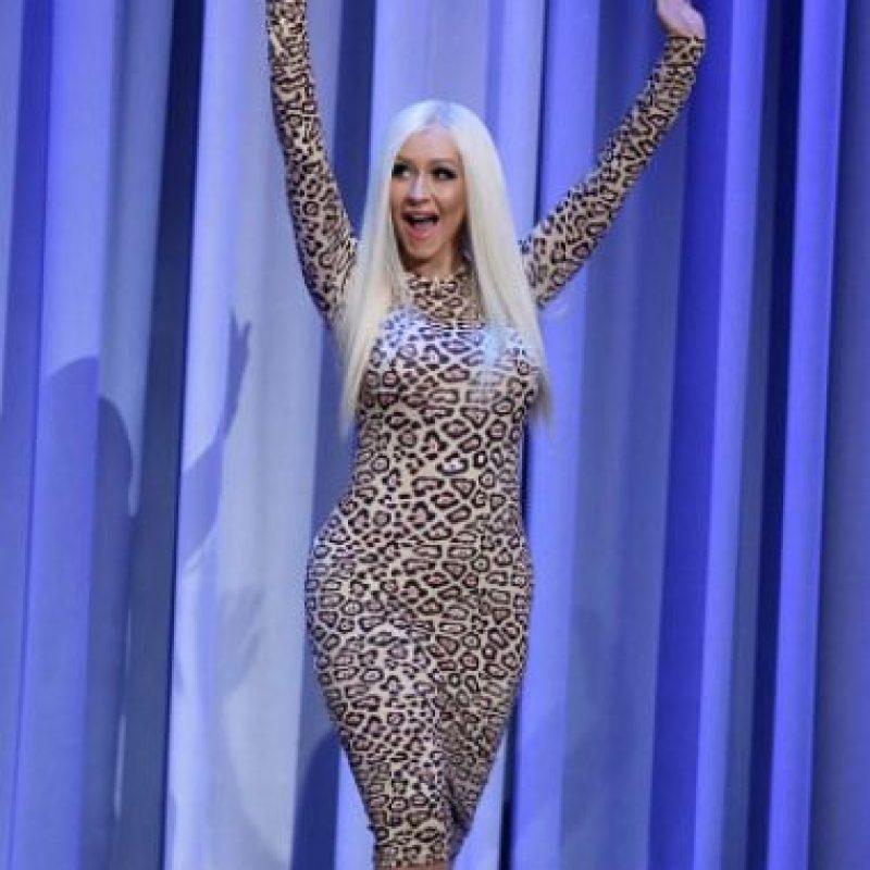 Ahora quiere parecerse a Donatella Versace, solo que sin las operaciones y la anorexia. Foto:vía Getty Images