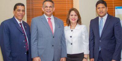 INAP ofrece conferencia de liderazgo