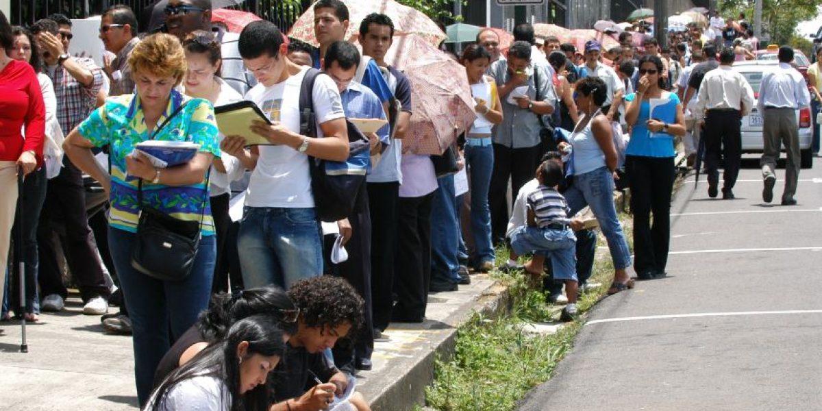 Más de 600 mil personas ni estudian ni trabajan en RD