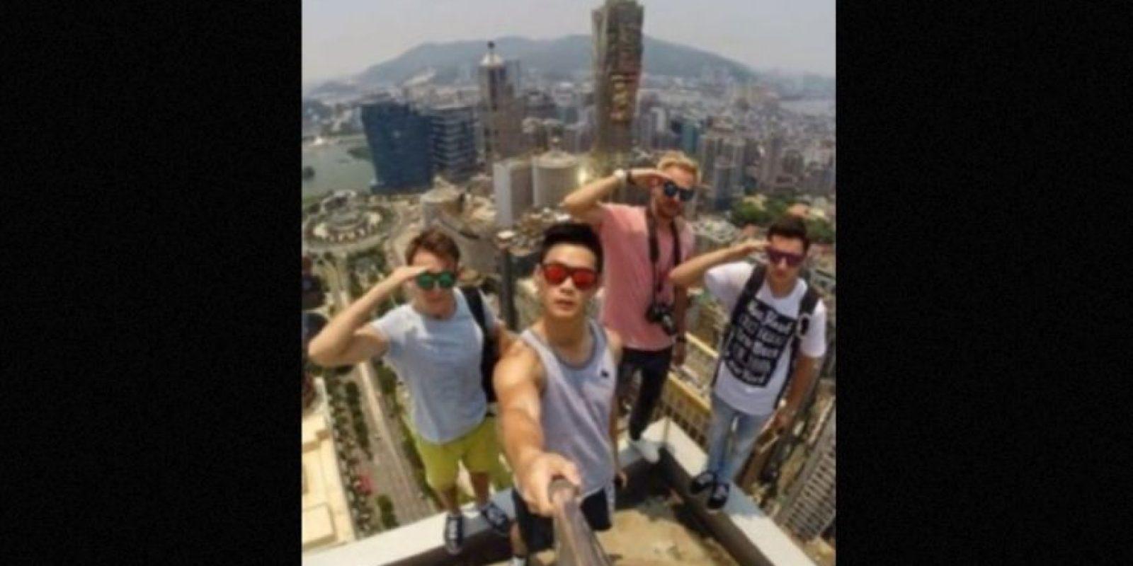 Muchas veces lo hacen sin ningún equipo de seguridad. Foto:instagram.com/daniel__lau