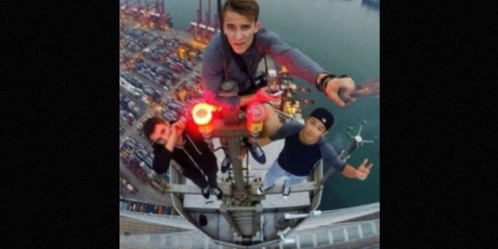 Distintos jóvenes se han hecho famosos gracias sus intrépidas hazañas para trepar edificios muy altos. Foto: instagram.com/daniel__lau