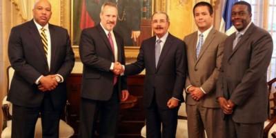 Danilo recibe al nuevo director regional de la DEA