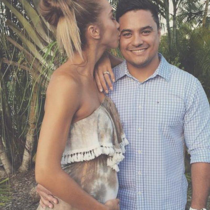 Acá, con su esposo. Foto:vía Instagram/chontelduncan