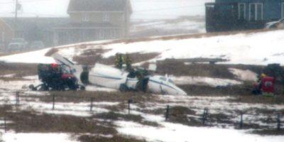 Seis personas pierden la vida tras estrellarse un avión