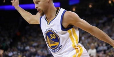 Curry y Warriors llegan a 67 triunfos y se acercan a racha histórica