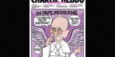 Al igual que autoridades religiosas, como el Papa Francisco. Foto:Charlie Hebdo
