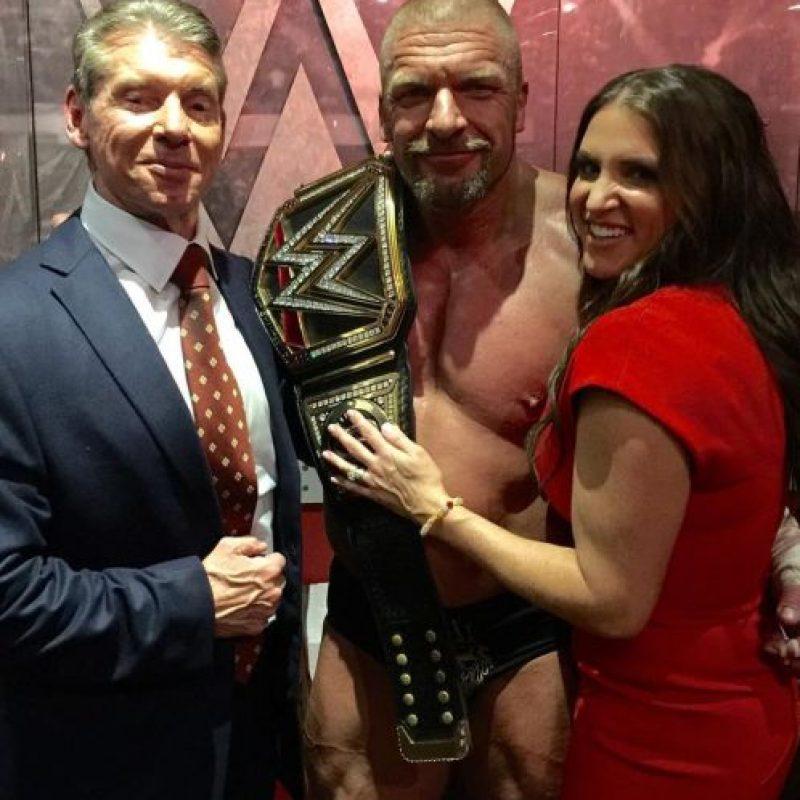 El campeón Triple H también ha optado por el gym Foto:WWE