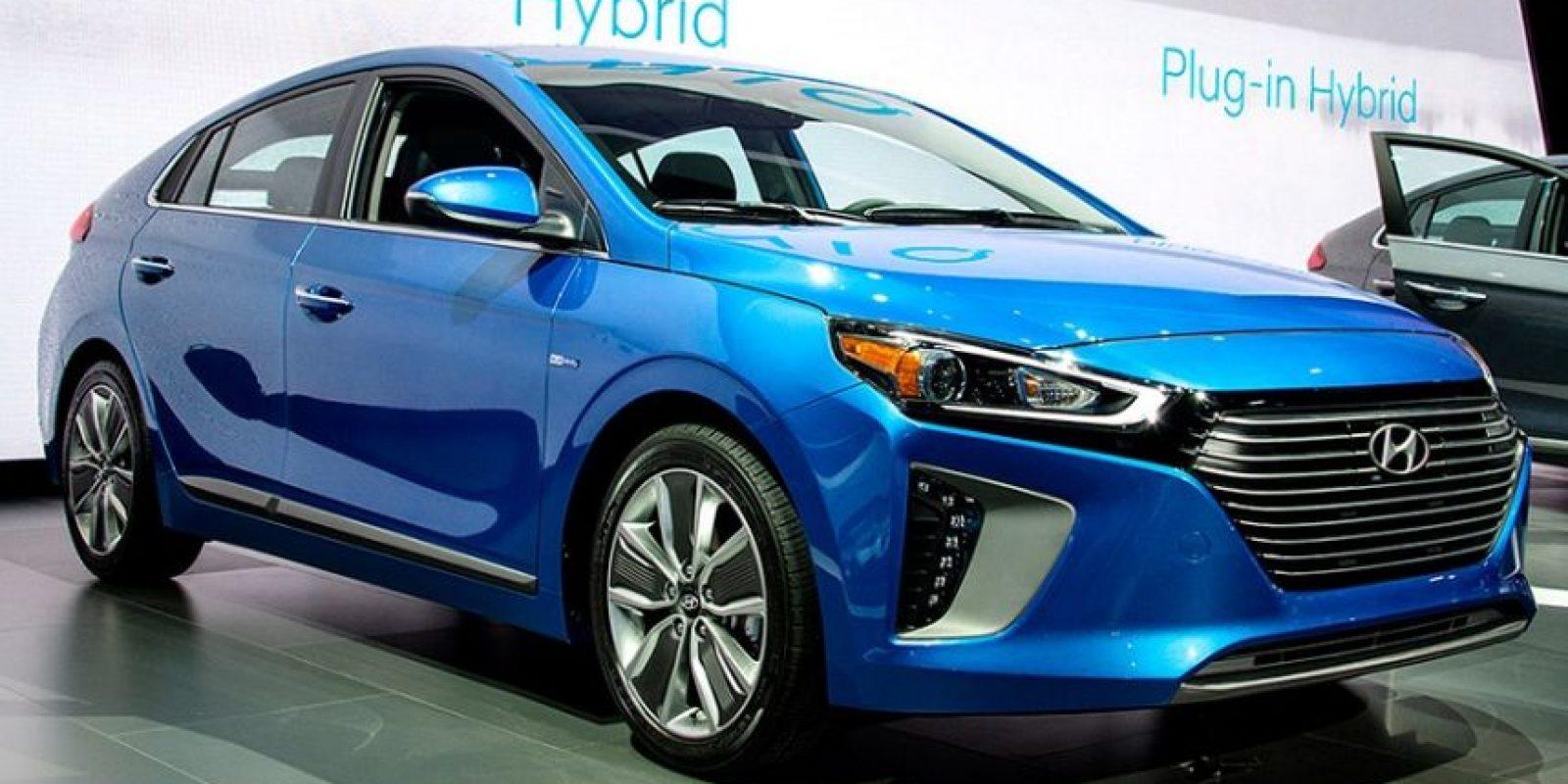 Por el lado de Hyundai, se presentaron tres versiones del nuevo Ioniq, una híbrida, otra híbrida electrónica y una tercera completamente eléctrica. Foto: suministrada